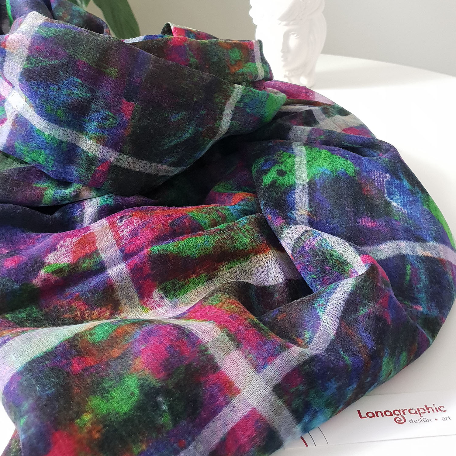 wool-scarf-autumn-festival-by Lanagraphic