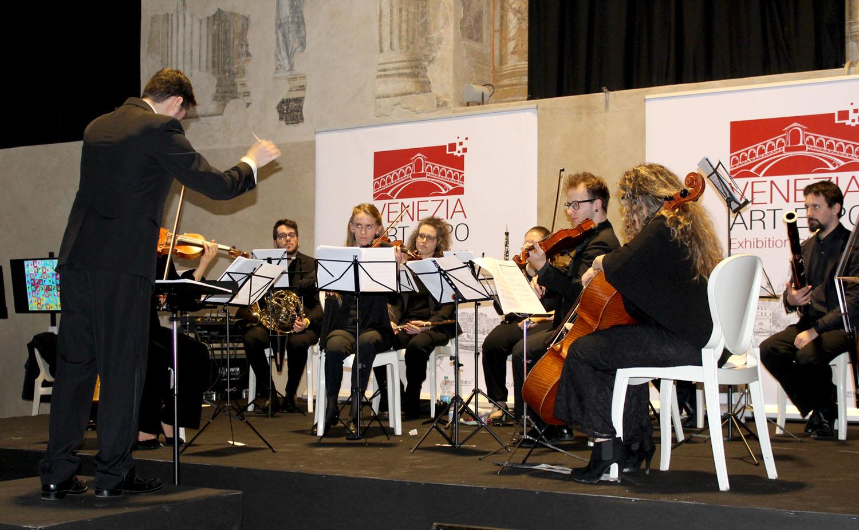 Venice-art-expo-orchestra-2